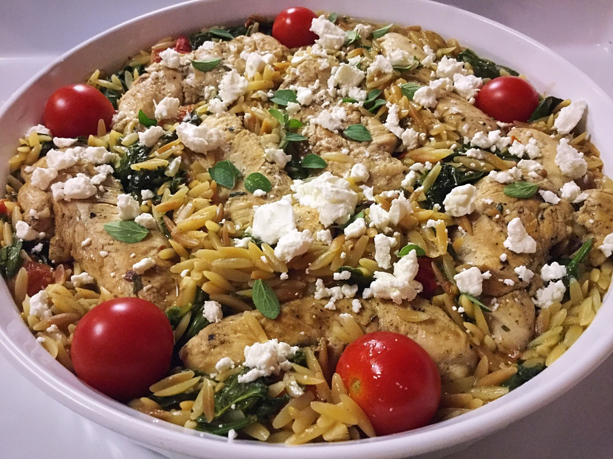 Chicken & Toasted Orzo with Spinach, Tomatoes & GoatCheese!